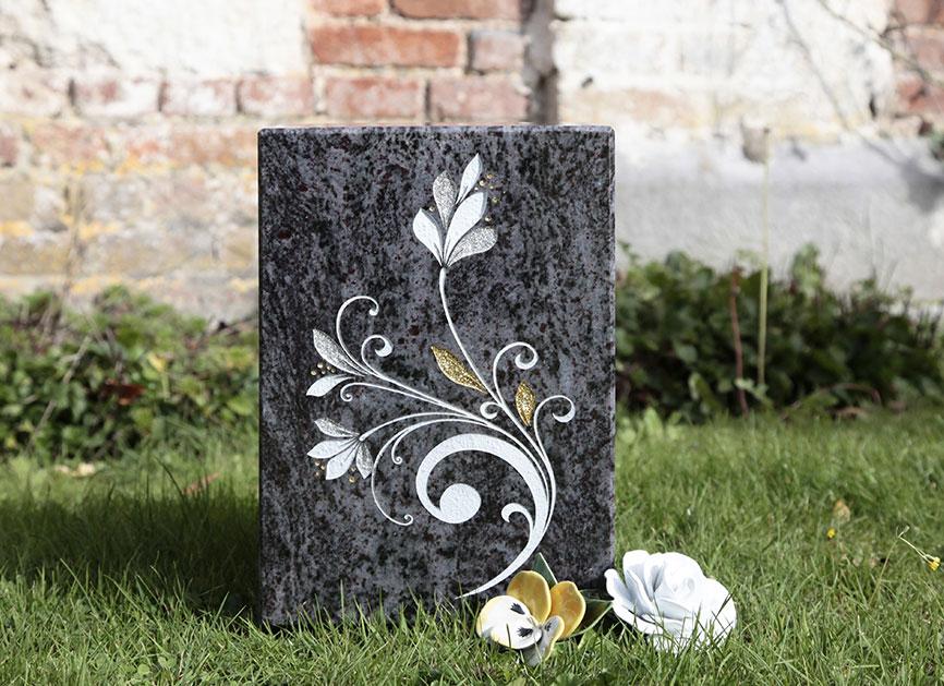 urne granit tombe